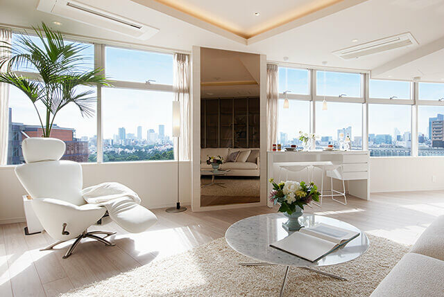 Bright Living Room of Majes Tower Roppongi